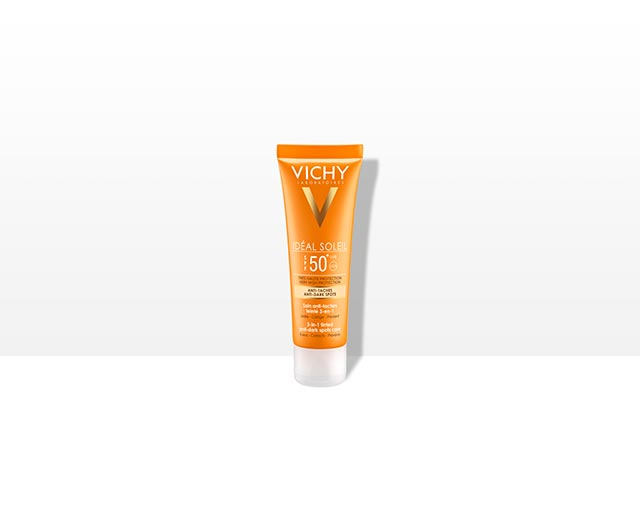 IDEAL SOLEIL ANTI-DARK SPOTS –SÄVYTETTY AURINKOSUOJAVOIDE SPF 50+