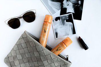 IDÉAL SOLEIL Face Mist - Aurinkovoide, jota voit suihkuttaa meikkisi päälle